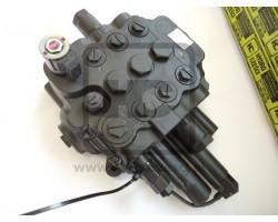 JCB Valve 3 spool loader with foat & reset